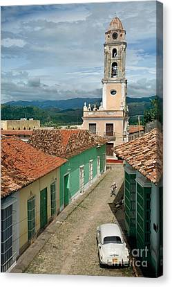 Trinidad - Cuba Canvas Print by Rod McLean