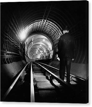 Tube Tunnel Cleaner Canvas Print