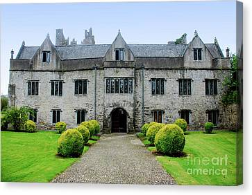 Tudor Manor - Carrick On Suir Canvas Print