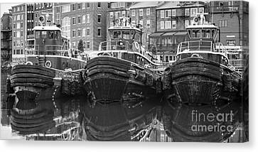 Tug Boat Alley Portsmouth New Hampshire Canvas Print by Edward Fielding