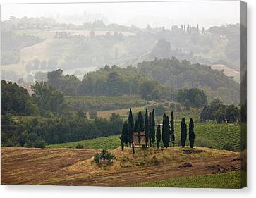 Canvas Print featuring the photograph Tuscan Landscape by Stefan Nielsen
