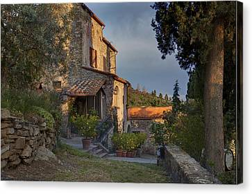 Tuscany Farmhouse  Canvas Print by Al Hurley