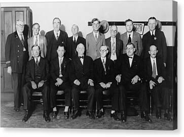 Twelve-man Jury That Convicted Al Canvas Print by Everett