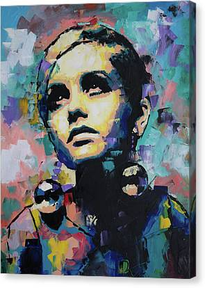 Twiggy Canvas Print - Twiggy by Richard Day