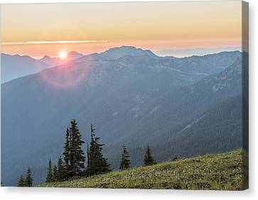 Twilight Is Coming Canvas Print by Jon Glaser