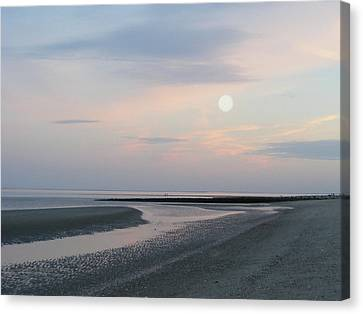 Twilight Time At The Shore Canvas Print