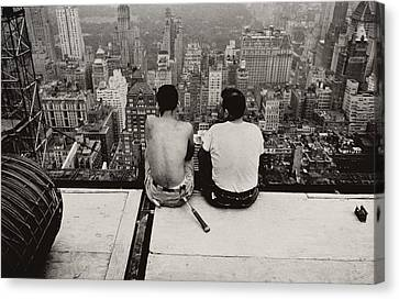 Two Men Sitting On A Scaffold Overlooking Manhattan Canvas Print by Nat Herz