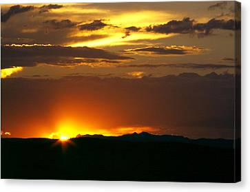 Two Peaks Sunset Canvas Print by Lynard Stroud