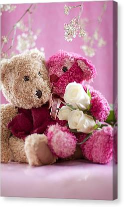 Canvas Print featuring the photograph Two Teddy Bears With Roses by Ethiriel  Photography
