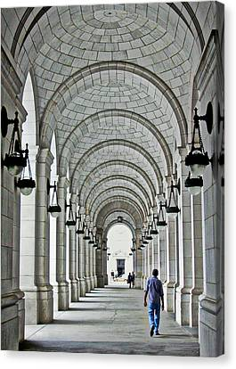 Canvas Print featuring the photograph Union Station Exterior Archway by Suzanne Stout