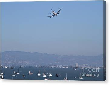 United Airlines Boeing 747 Over The San Francisco Bay At Fleet Week . 7d7860 Canvas Print by Wingsdomain Art and Photography