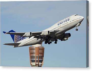 United Boeing 747-422 N128ua Phoenix Sky Harbor January 2 2015 Canvas Print by Brian Lockett
