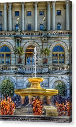 United States Capitol Building - Water Fountain  Canvas Print