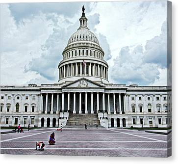 Canvas Print featuring the photograph United States Capitol by Suzanne Stout