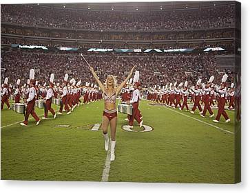 University Of Alabamas Marching Band Canvas Print by Everett