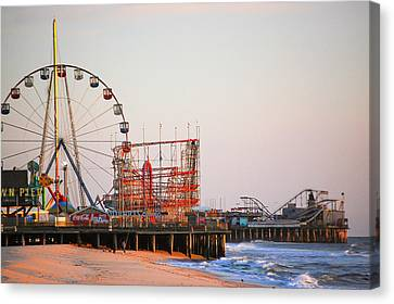 Funtown And Casino Amusement Pier In Seaside Park And Seaside Heights Nj Canvas Print by Bob Cuthbert