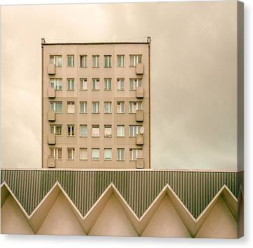 Architectur Canvas Print - Urban Architectur by Klaus Lenzen