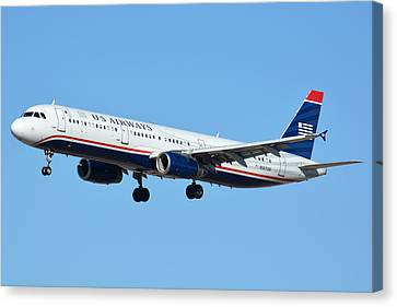 Us Airways Airbus A321-231 N567uw Canvas Print by Brian Lockett
