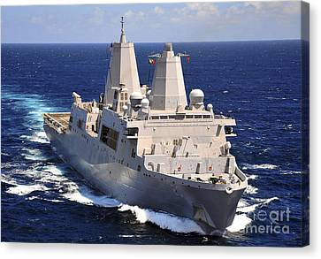 Uss Green Bay Transits The Indian Ocean Canvas Print by Stocktrek Images