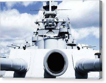 Uss Massachussetts - 16 Inch Gun Canvas Print by George Martinez