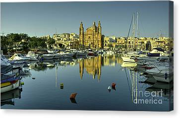 Valletta Reflected  Canvas Print by Rob Hawkins