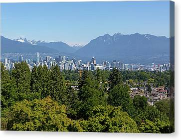 Vancouver Bc City Skyline From Queen Elizabeth Park Canvas Print by David Gn