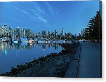 Vancouver Bc Skyline Along Stanley Park Seawall Canvas Print by David Gn
