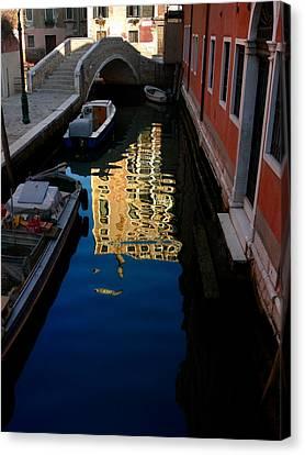 Venice-13 Canvas Print by Valeriy Mavlo