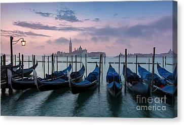 Canvas Print featuring the photograph Venice Dawn Iv by Brian Jannsen