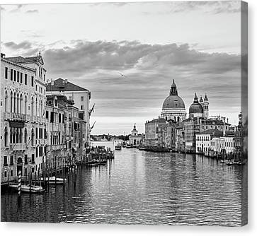 Canvas Print featuring the photograph Venice Morning by Richard Goodrich