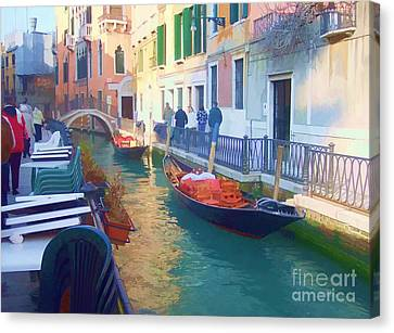 Canvas Print featuring the photograph Venice Sidewalk Cafe by Roberta Byram