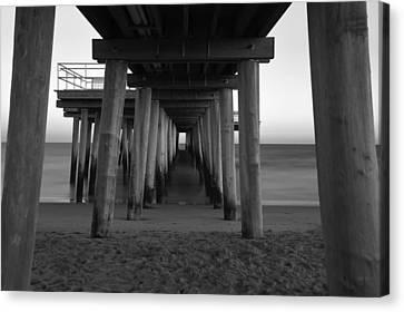 Ventnor Pier B/w Canvas Print