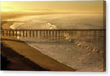 Ventura, Ca Pier At Sunrise Canvas Print