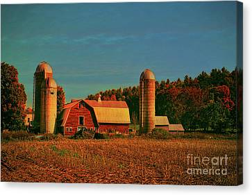 Canvas Print featuring the photograph Vermont Autumn Barn by Deborah Benoit