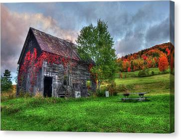 Vermont Red Barn In Autumn Canvas Print by Joann Vitali