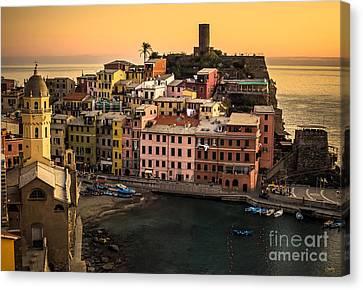 Vernazza At Sunset Canvas Print