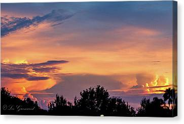 Vero Sunrise Canvas Print