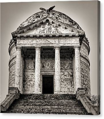 Vicksburg - Illinois Memorial In Black And White Canvas Print by Stephen Stookey