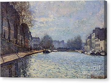 View Of The Canal Saint-martin Paris Canvas Print by Alfred Sisley