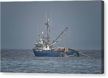 Canvas Print featuring the photograph Viking Fisher 4 by Randy Hall