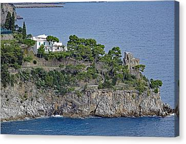 Villa Owned By Sophia Loren On The Amalfi Coast In Italy Canvas Print