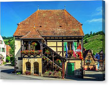 Village In Alsace France_dsc7893_16 Canvas Print by Greg Kluempers