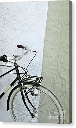 Vintage Bicycle Canvas Print by Carlos Caetano