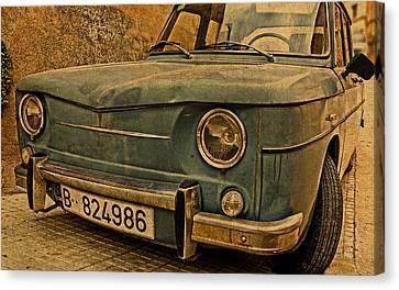 Vintage Rusty Renault Truck Canvas Print