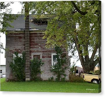 Vision Of Abandon Country Home II Canvas Print by Kathy M Krause