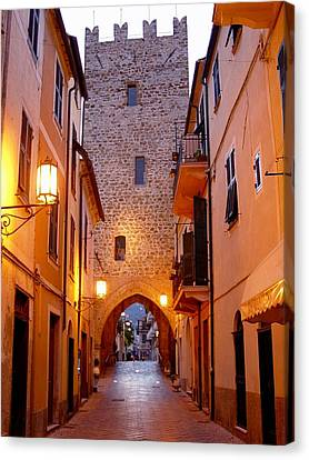 Canvas Print featuring the photograph Visions Of Italy Archway by Nancy Bradley