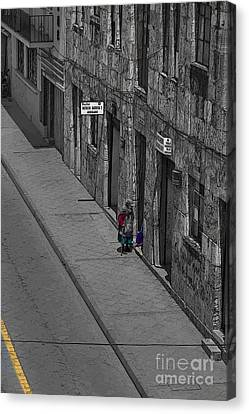 Visiting Neighbors In Cuenca Ecuador Canvas Print by Al Bourassa