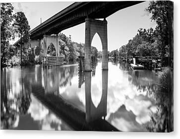 Waccamaw River Memorial Bridge Canvas Print by Ivo Kerssemakers