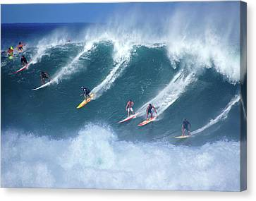 Waimea Full Flight Canvas Print by Kevin Smith