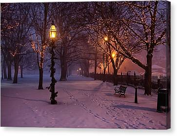 Walking The Path On Salem Common Canvas Print by Jeff Folger